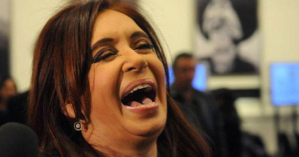 Photo of Cristina quiere el dinero de Google